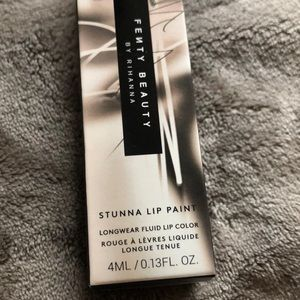 Fenty Beauty Makeup - FENTY BEAUTY BY RIHANNA 💋💋💋 Stunna Lip Paint